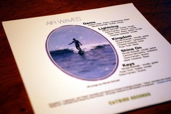 air_waves-04